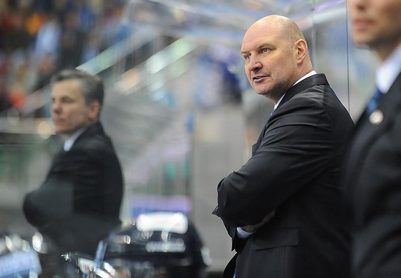 Главный тренер «Адмирала» после серии поражений ушёл вотставку
